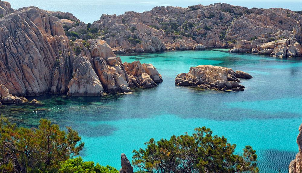 Vai in vacanza in Sardegna con soli 63€ al giorno