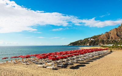 The oasis of Club Esse Sunbeach in Calabria for only 32 € per day
