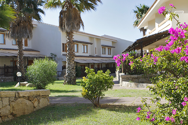 ingressi-camere-club-esse-posada-beach-resort