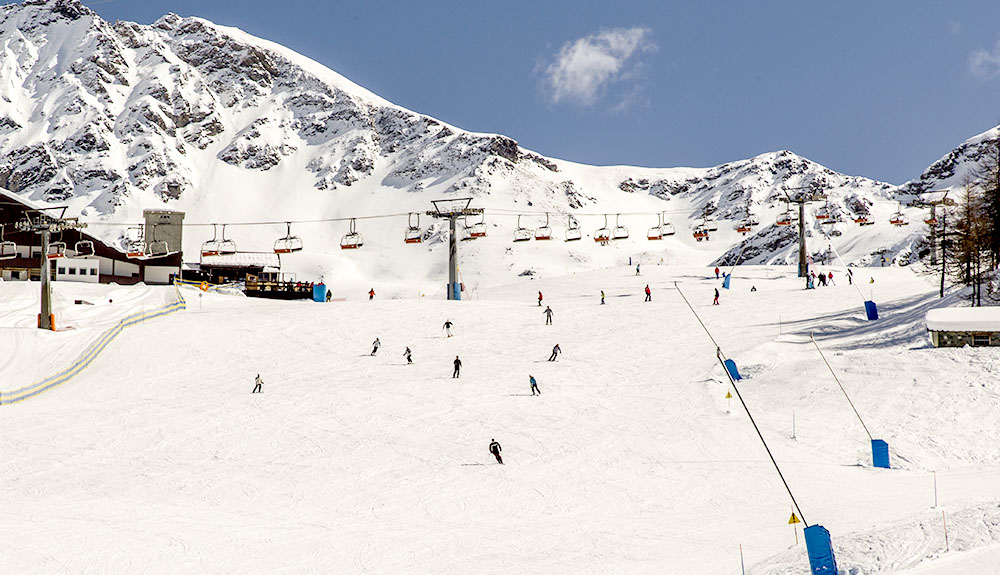 Choose Valle d'Aosta, for a super-snowy holiday in Pila