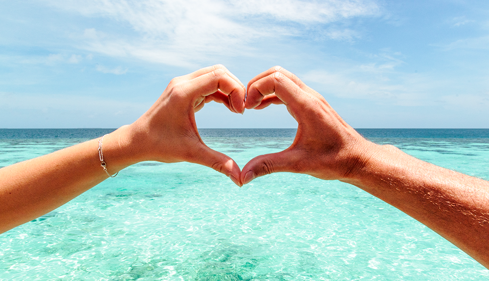 Romantic summer: a beach holiday in Sardinia for Valentine's Day